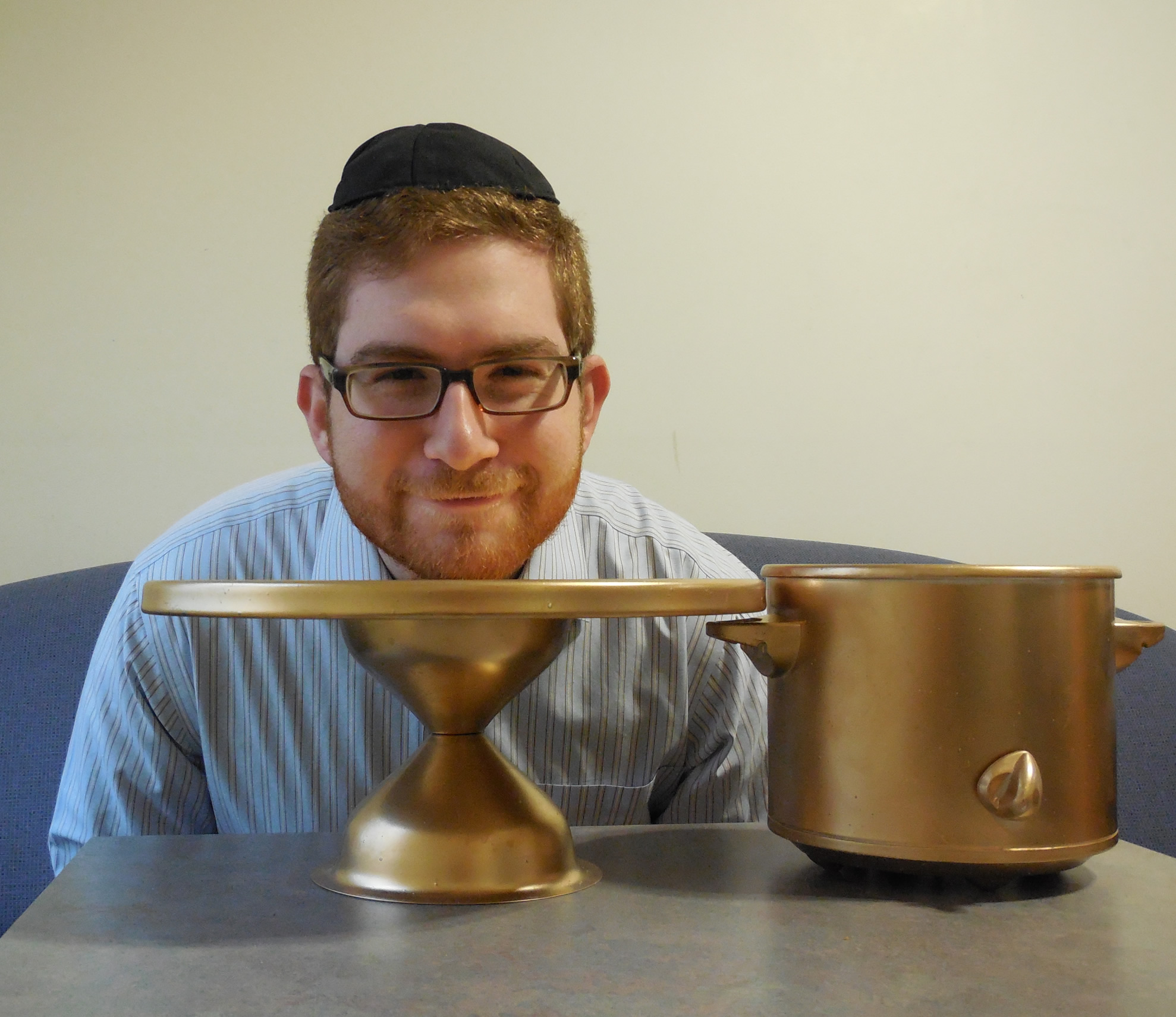 Avrumi Weiser, People's Choice Winner of the 2013 Cholent Cook-off and Bake-off, with his
