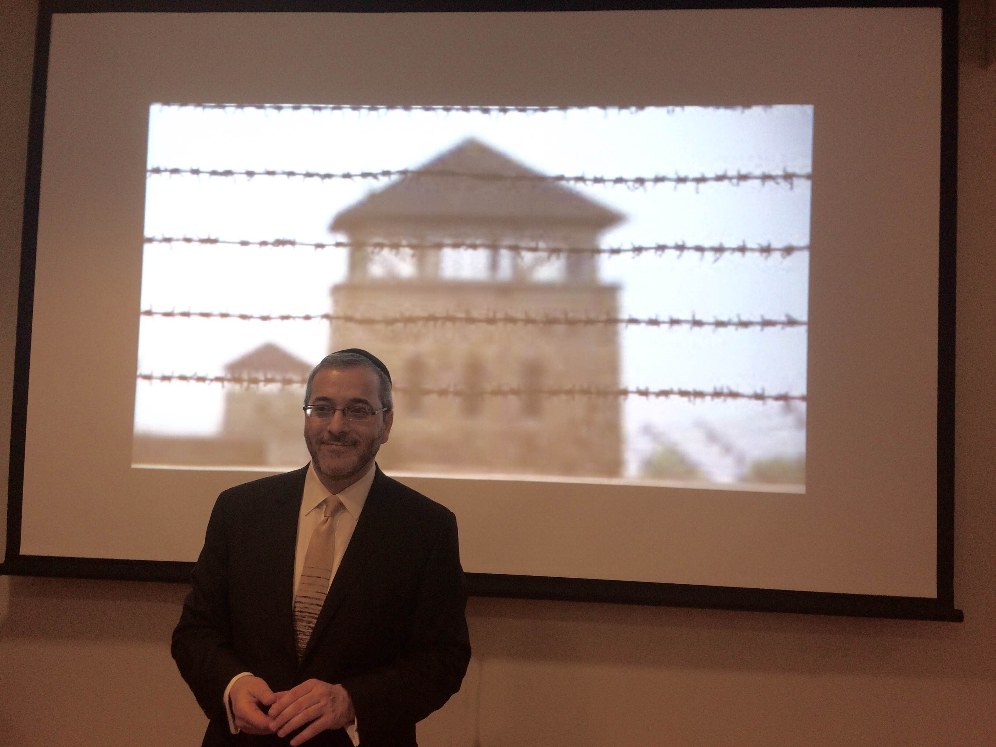 Mel Urbach discusses Nazi-looted art on Yom HaShoah at Lander College for Men as part of the Presidential Lecture Series.